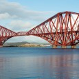 Een artikel over een wel heel bijzondere spoorwegbrug: de Forth Bridge in Schotland De Forth Bridge is een spoorbrug die de oevers van de Firth of Forth in Schotland verbindt....